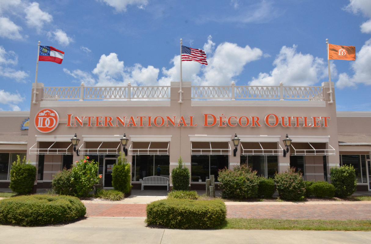 international décor outlet is a direct to consumer outlet for home